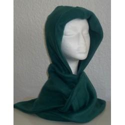 Kapuzenschal Grün Damen aus kuscheligem Fleece genäht.