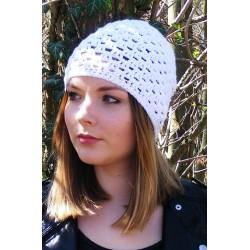 Beanie Sommer Damen Weiß mit Muster aus Baumwolle Mix gehäkelt. Zauberhaft und leicht. 18 Farben, KU 54 - 62 cm nach Wunsch