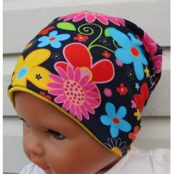 Beanie Mütze Kinder Mädchen mit Blumen aus Jersey genäht. Einfach nur zauberhaft. KU 39-55 cm