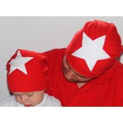 Beanie Mütze Junge Stern Rot Weiß zum Wenden aus Jersey genäht. Cool als Long. Partnerlook im Shop. KU 39-55