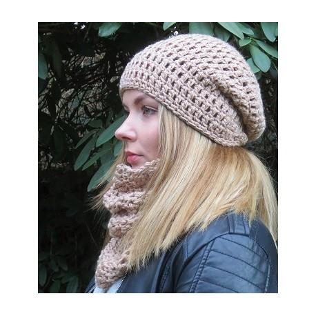 Mütze Schal Set Damen Beige aus Wolle mit Beanie gehäkelt. Liebevolle Handarbeit. Farbe, KU 54-62 cm