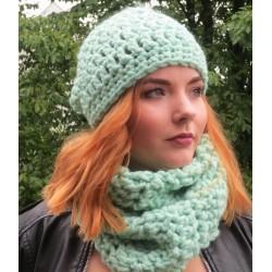 Mütze Schal Set Damen Mint mit Loop aus dicker Wolle gehäkelt. Liebevolle Handarbeit. Farbe, KU 54-62