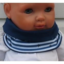 Schlupfschal Baby Junge gestreift zum Wenden aus Jersey genäht. Cool in Blau. Variante, KU 39-55 nach Wunsch