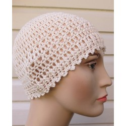 Häkelmütze Damen Sommer luftig und bezaubernd Creme aus Baumwolle. Handarbeit. Farbe, KU 54-62 nach Wunsch.