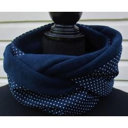 Loop Schal Dunkelblau gepunktet mit Fleece genäht. Kuschelig. Auch zum Knoten. Handmade. Farbe nach Wunsch.
