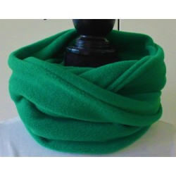 Loop Schal Damen Fleece in tollem Grün genäht. Auch zum Knoten. Handarbeit. Farbe nach Wunsch.