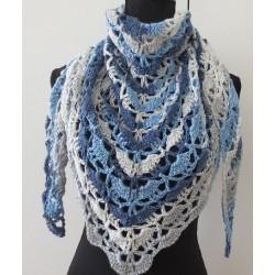 Dreieckstuch gehäkelt Sommer Winter aus Verlaufsgarn in Blautönen. Liebevolle Handarbeit. 5 Farben nach Wunsch.
