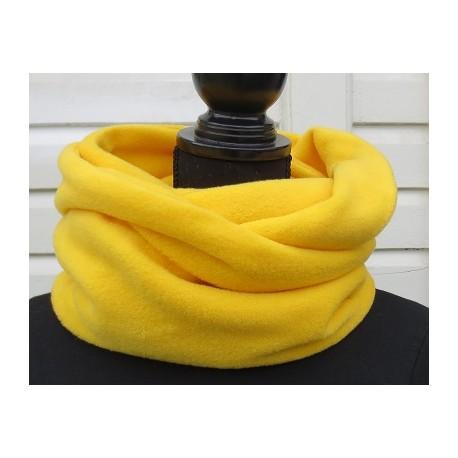Fleece Schal Damen Gelb kuschelig genäht. Beanies, Stirnbänder im Shop. Farbe, auch zum Knoten nach Wunsch.