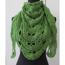 Häkeltuch Dreieck Grün aus schöner Wolle gehäkelt. Zauberhaft. Handarbeit. 12 Farben nach Wunsch.