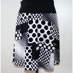 Sommerrock knielang Weiß Schwarz mit wunderbarem Muster genäht. Auch für die Schwangerschaft. 34-44 nach Wunsch.